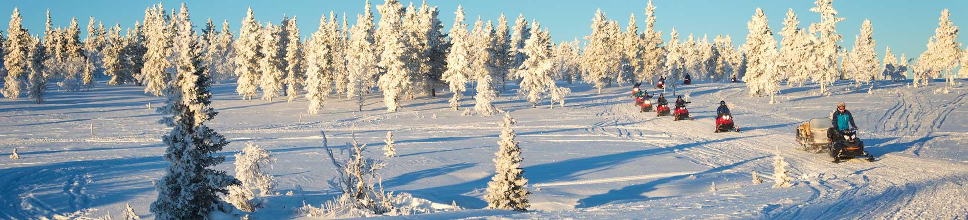 Motoneige Québec en hiver au Canada