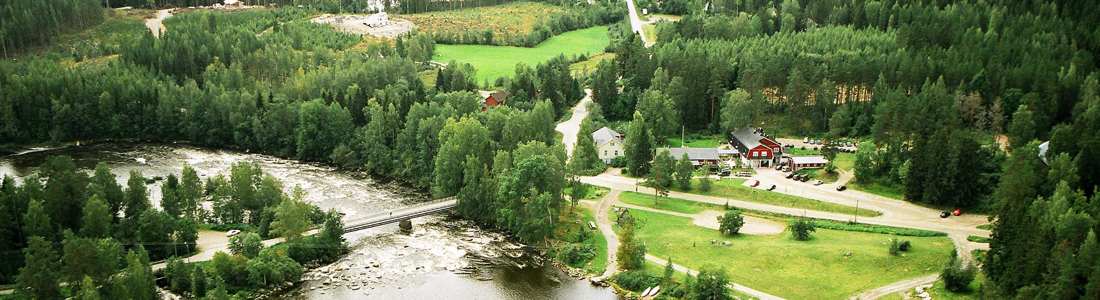Varjola - Kuusa