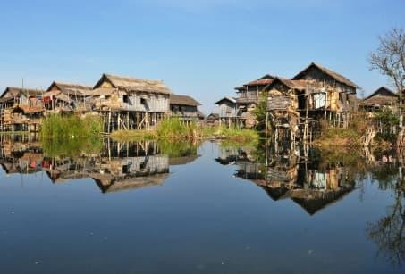 Cœur de Birmanie, Rives de l'Irrawaddy