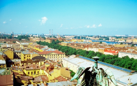 activity Visite de Saint-Pétersbourg par les toits