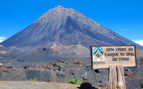 activity Ascension du Pico Novo : 8h