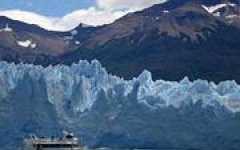 activity Sortie en bateau pour découvrir les glaciers