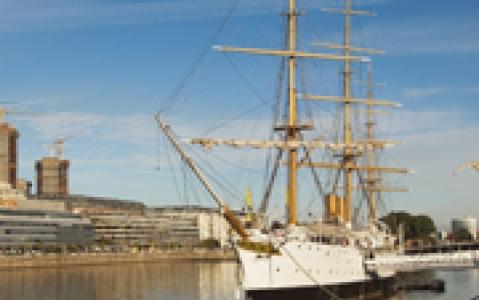 activity Navigation sur la rivière de Plata en voilier