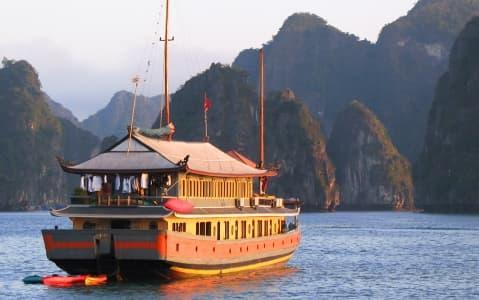 hotel Jonque Paradise Cruise non-privatisée - Halong