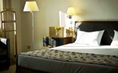 hotel Caesar Business - Santiago