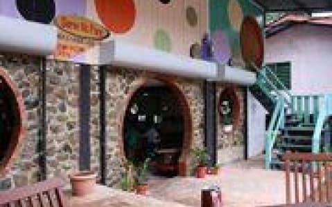 hotel Round Inn - Poring