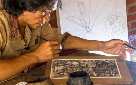 activity Cours de peinture traditionnelle avec une artiste locale