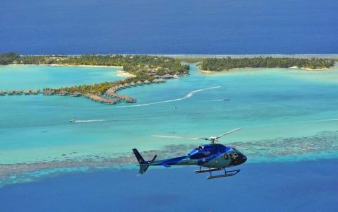 activity Tupai, l'Ile en Cœur : Escapade Romantique d'1 heure en Hélicoptère