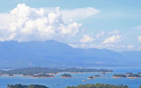 activity Croisière sur le lac Nam Ngum