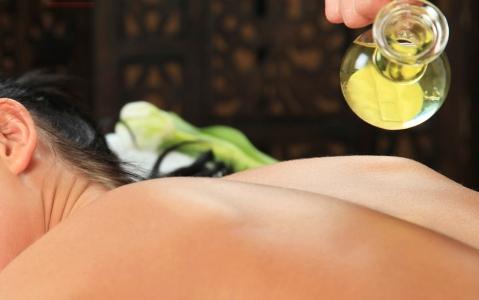 activity Massage aux huiles essentielles