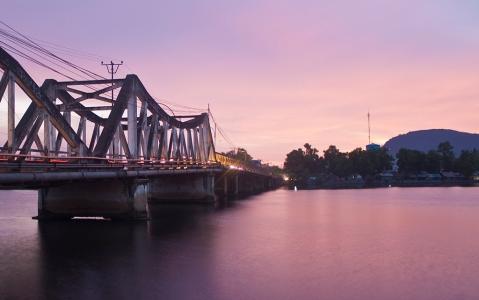 activity Sur la rivière de Kampot