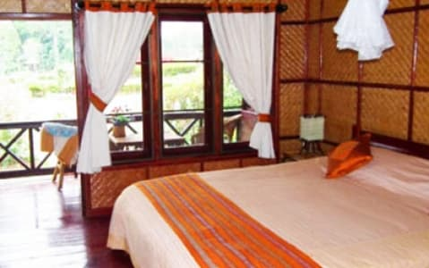 hotel Sinouk Café Resort - Thaten