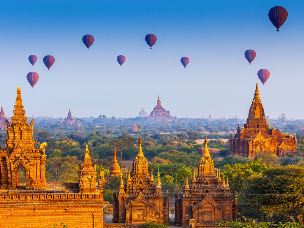 Bagan et ses pagodes par milliers