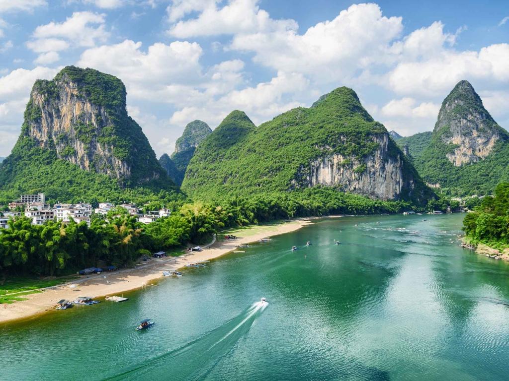 Panorama sur les pics karstiques de Guilin