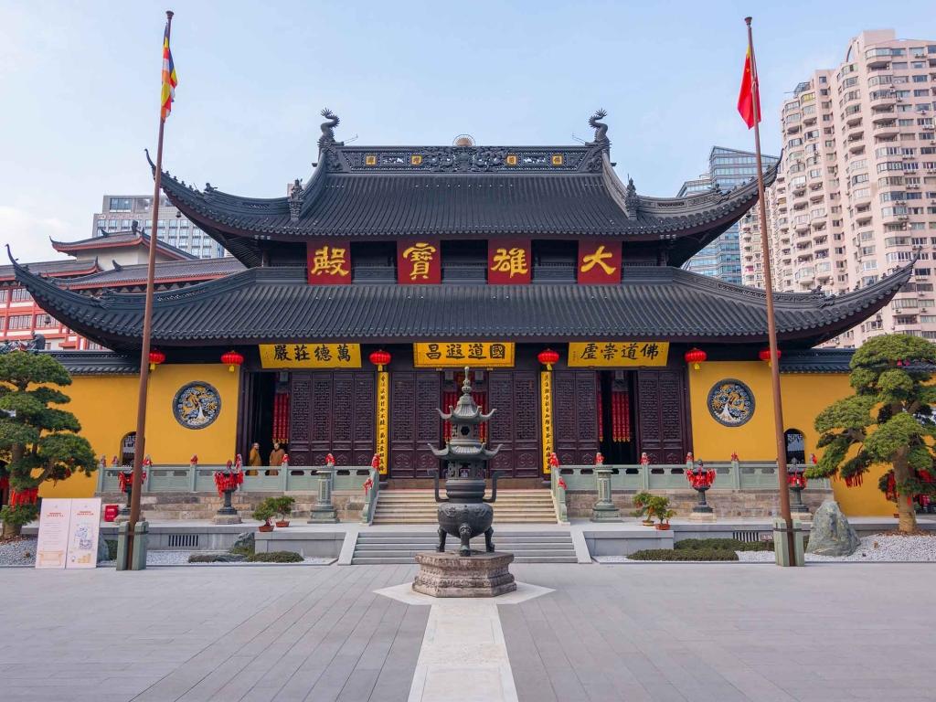 Temples, vieille ville et jardin Yu