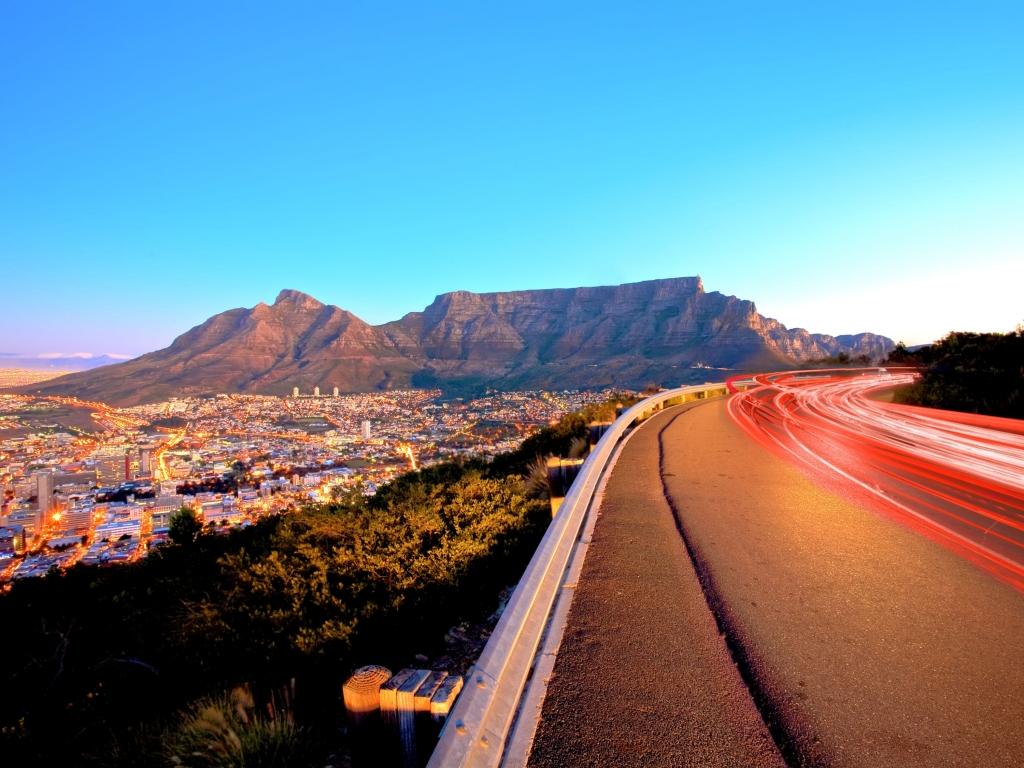 La montagne de la table ou le Cap de Bonne espérance.