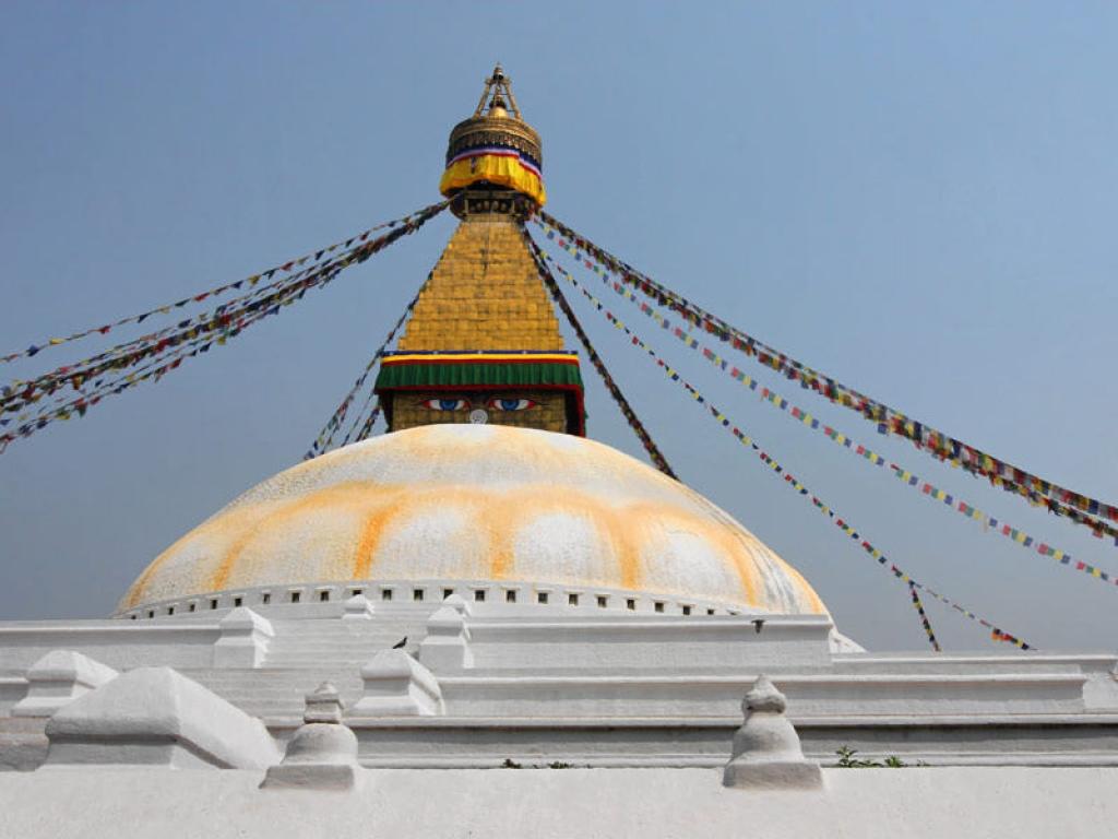 Découverte du Stupa et Temple Hindou