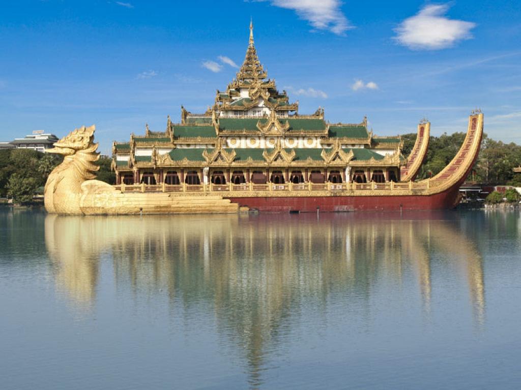 Ava et Mingun: royaumes abandonnés