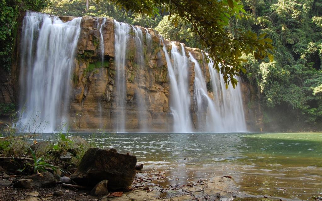 Grottes et cascades de Sagada