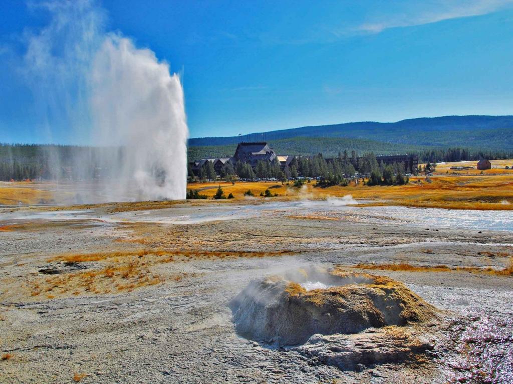 Les Geysers de Yellowstone – Old Faithful