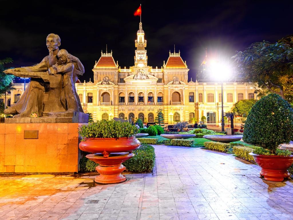 Saigon, traditionnelle et moderne