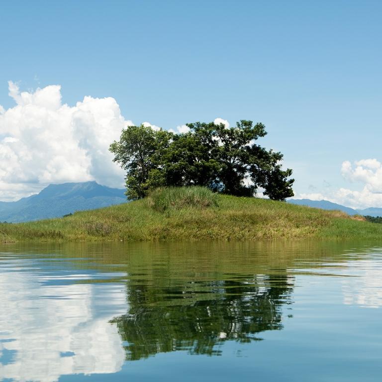 Le lac de Nam Ngum
