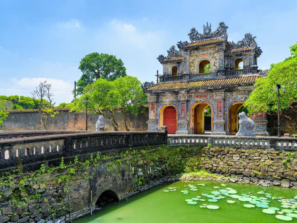 Le col des nuages et la capitale de Hue