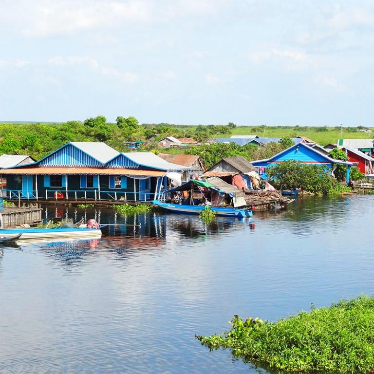 De port en village flottant