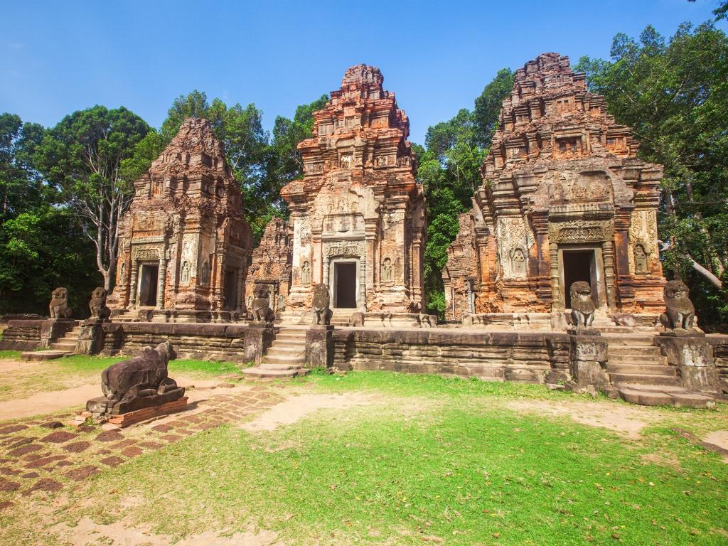 Randonnée dans la campagne cambodgienne