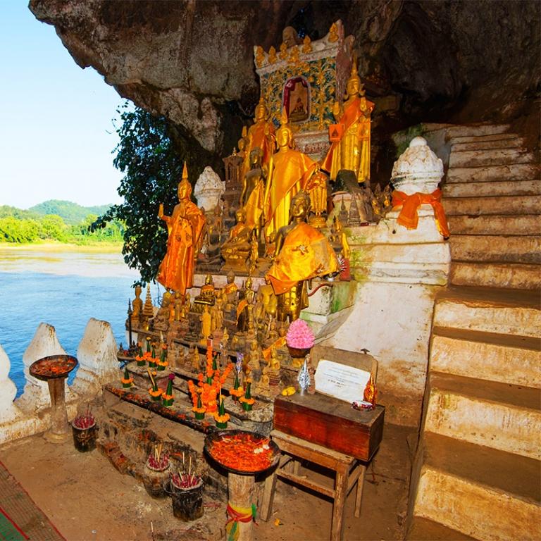 Les grottes de Pak Ou