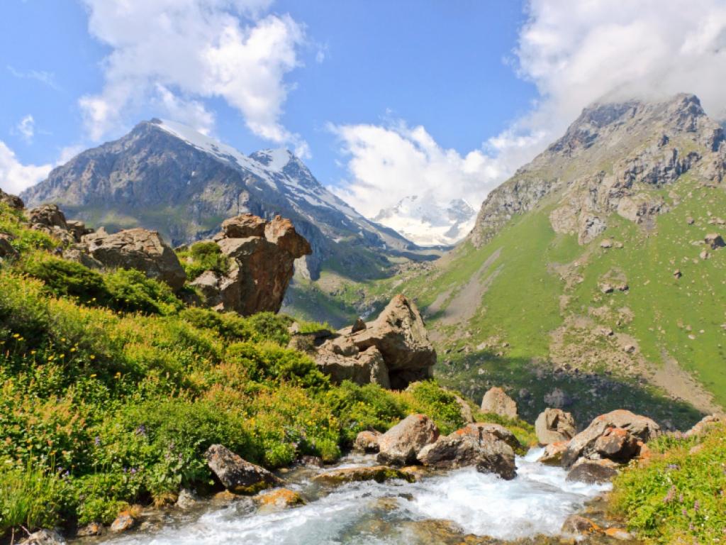 Entre gorges et montagnes