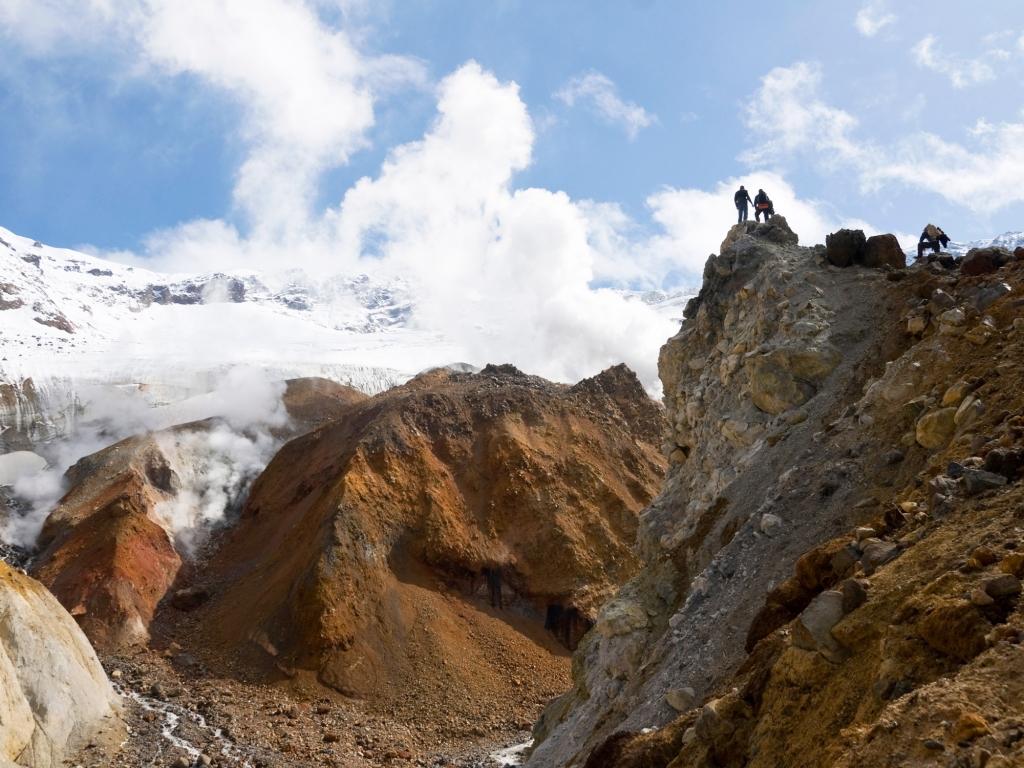 Ascension du volcan Mutnovsky!