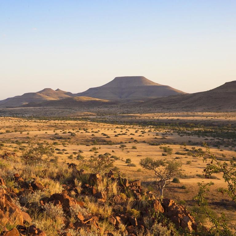 La région la plus reculée de Namibie ; le Kaokoland (100km)
