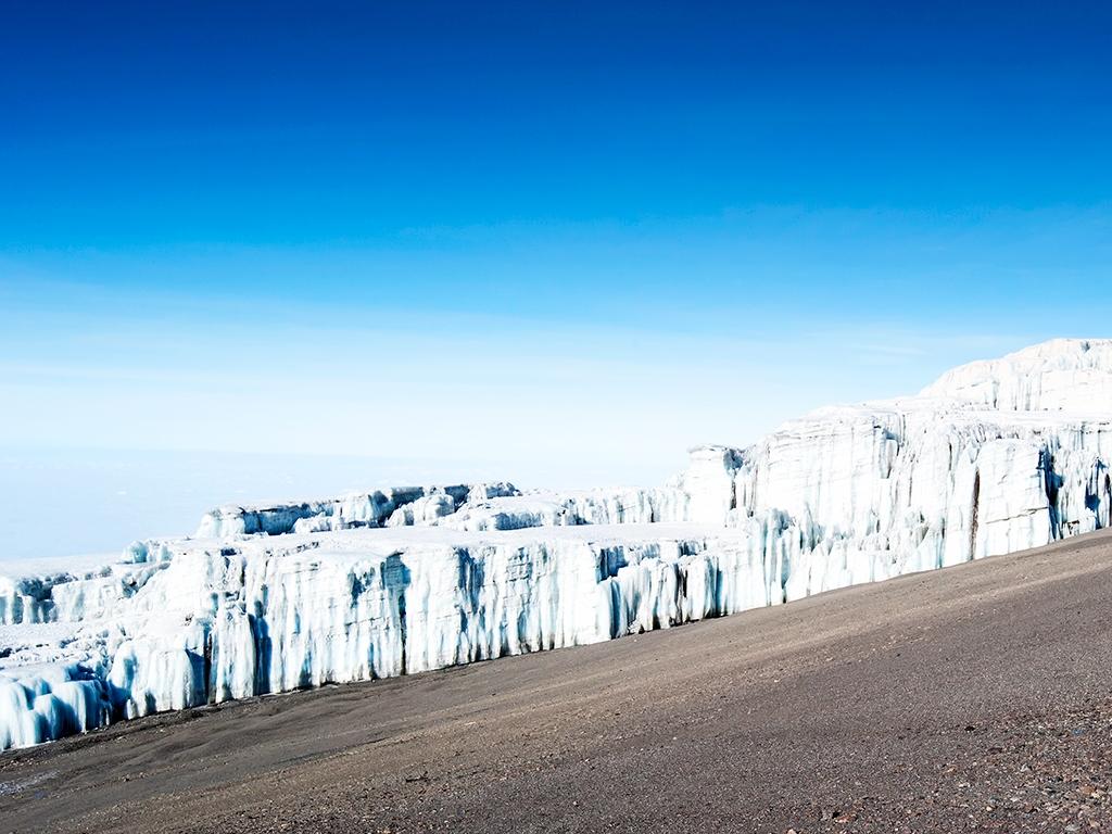 Uhuru Peak (5895m)