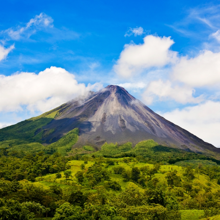 Majestueux volcan Arenal