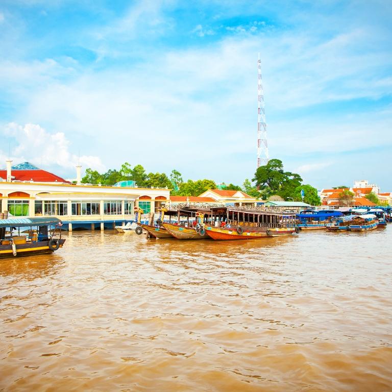 Entre temples et marchés flottants