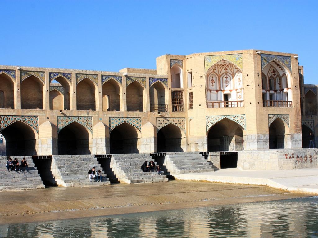 Sur les ponts d'Ispahan…