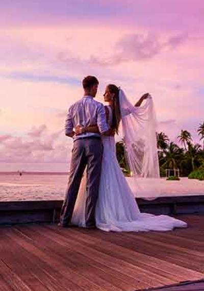 Thématique: Où se marier et où se remettre d'une rupture