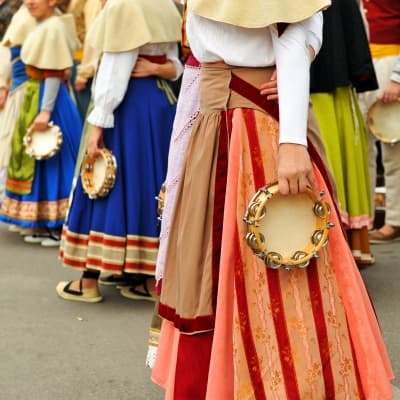 Show folklorique dans une médersa