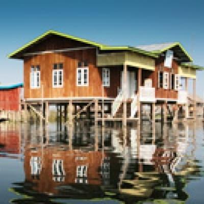 Déjeuner sur le Lac Inle