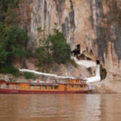 Croisière sur le Mékong pour découvrir les grottes de Pak Ou
