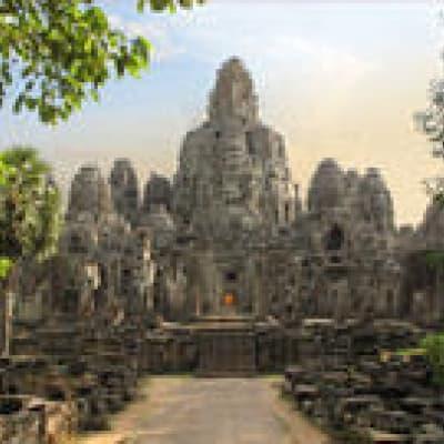 Survol en montgolfière des temples d'Angkor