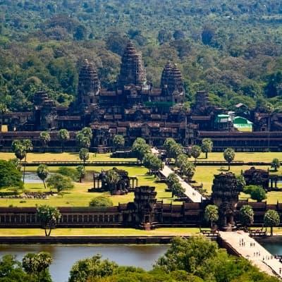 Survol du site d'Angkor en hélicoptère