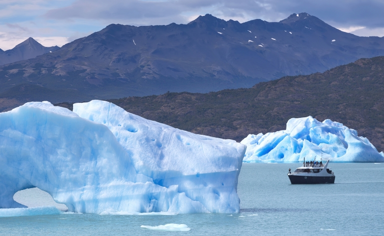 Navigation sur le lac Argentin