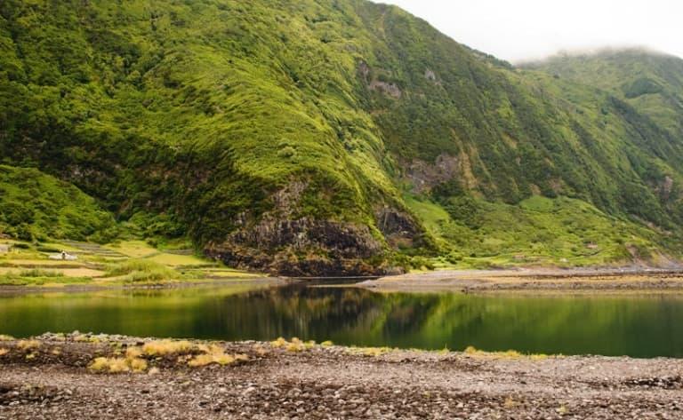 Trek dans la vallée verte de Faja