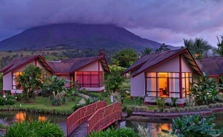 Hotel Arenal (volcan)