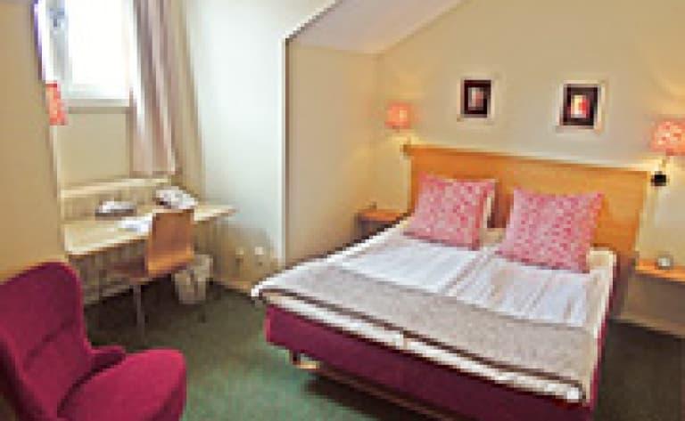 Hotel Mora