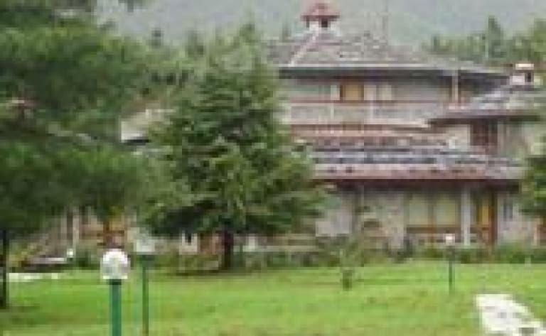 Hotel Paro