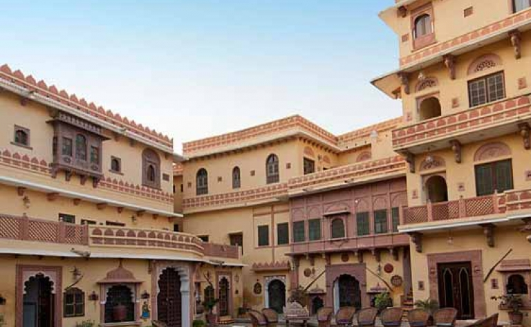 Hotel Bhenswara