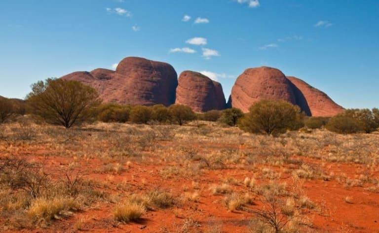 Cap vers le centre rouge : Uluru